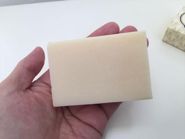プレミアムベビーソープの石鹸部分