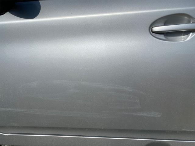 傷が復活した車